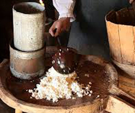 animation fabrication de fromage à l'ancienne