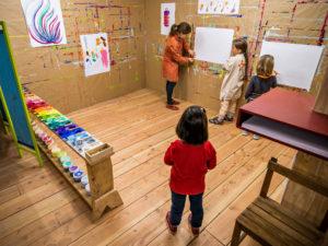 Atelier enfants autour de la peinture à l'Atelier du Sardier